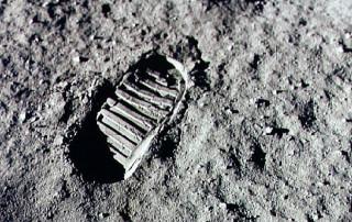 Moon landing boot