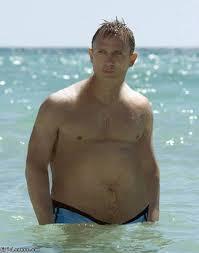 Daniel Craig fat Bond